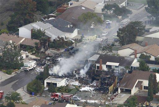 サンディエゴ米軍機墜落事故