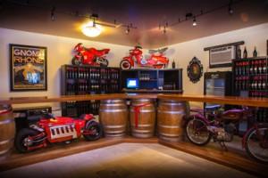 イタリアバイクDucatiがたくさんあるDoffoのテイスティングルームFrom doffowines.com